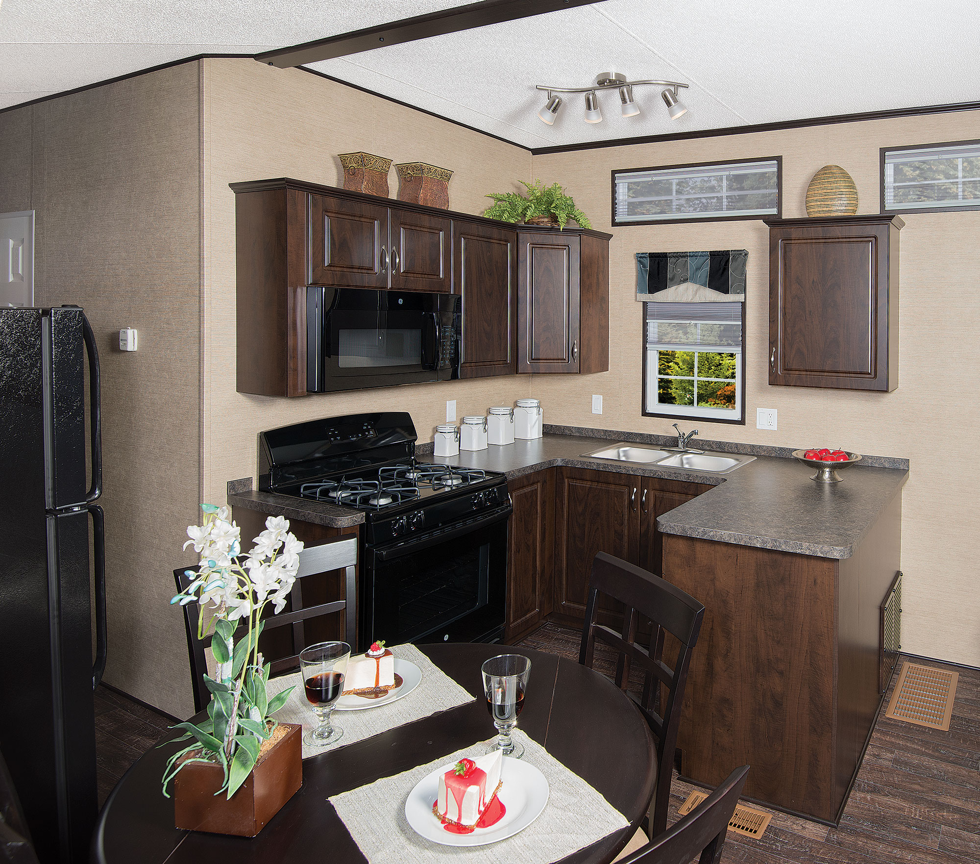Embracing The Blue Kitchen: Bluewater RV » Cottager Escape Floor Plans